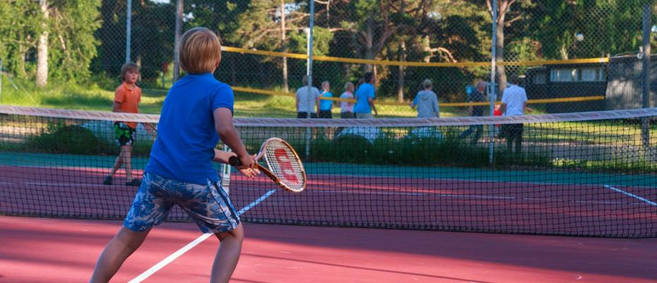 Tennis with the family